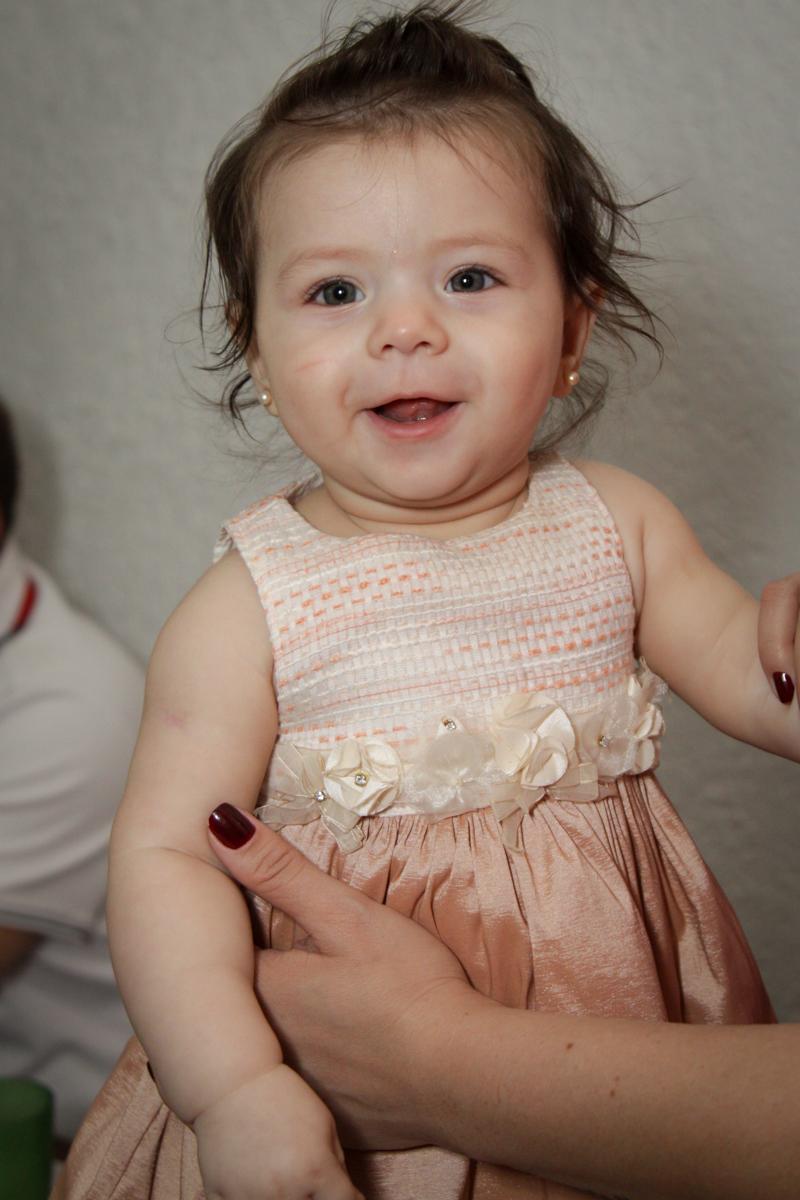 foto do bebê no buffet Fábrica da Alegria, Morumbi, São Paulo, aniversário de Ana Carolina, 6 anos. tema da festa detetives do predio azul