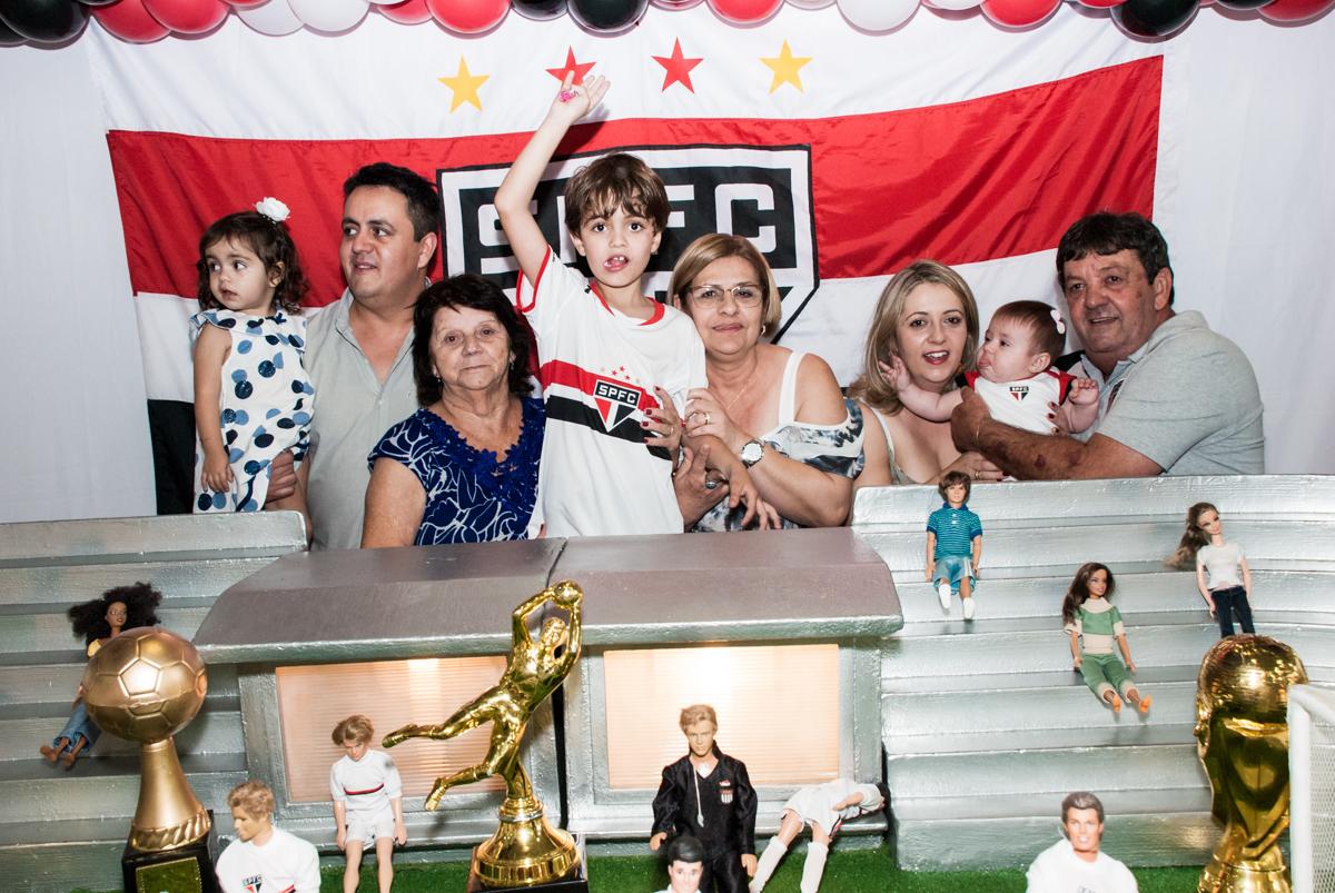 final da festa no Buffet Magic Joy, Saude, São Paulo, aniversário de Isaque 8 anos, tem da festa São Paulo Futebol Clube