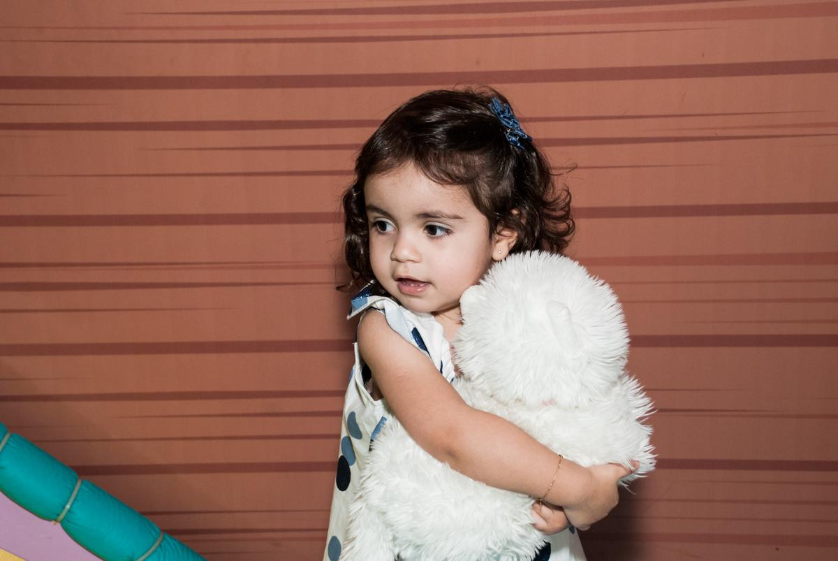 foto da irmã do anversariante no Buffet Magic Joy, Saude, São Paulo, aniversário de Isaque 8 anos, tem da festa São Paulo Futebol Clube
