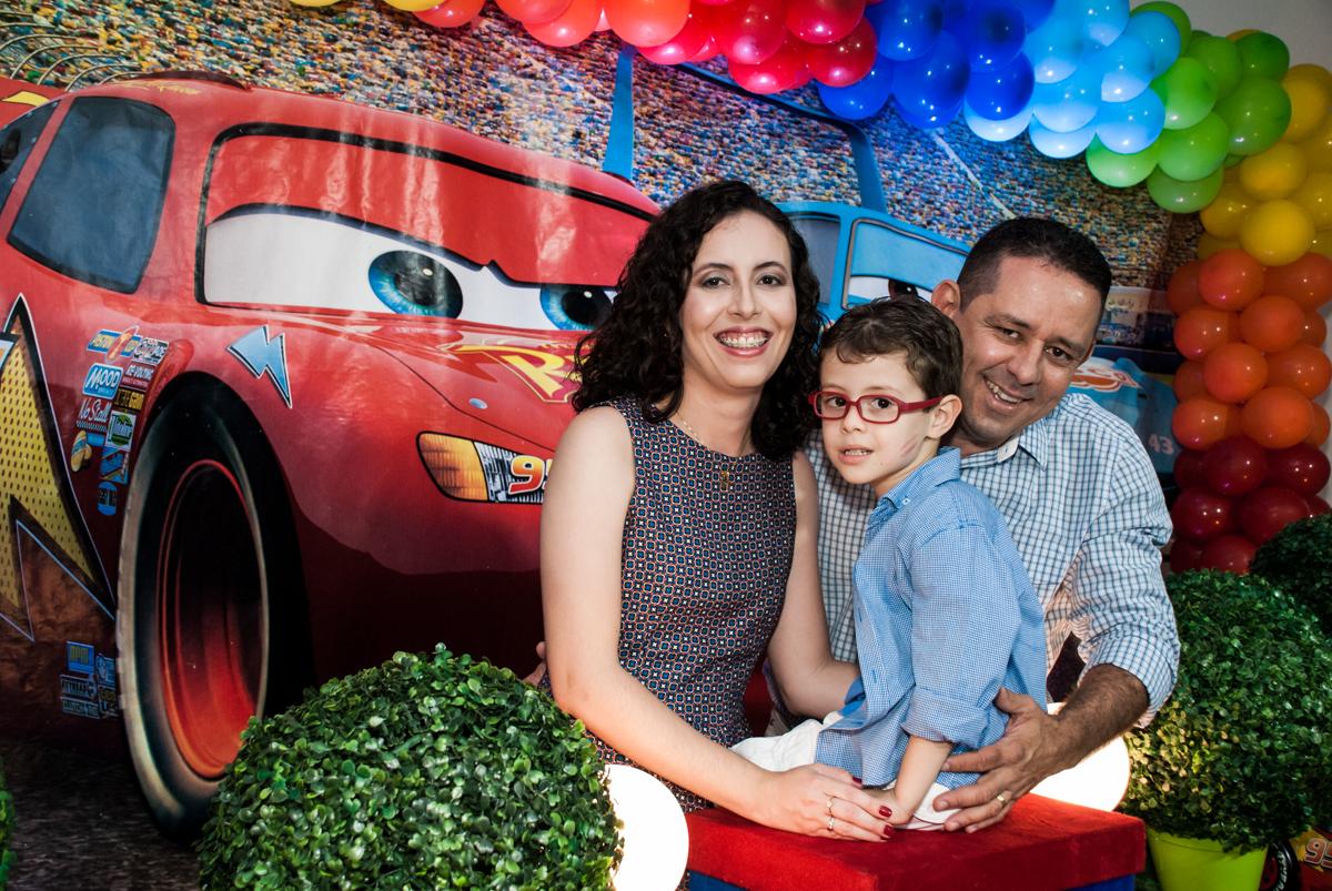 fotografia mãe e filho no Buffet Balakatoon, saude, são Paulo, aniversário de João Gabriel 5 anos, tema da festa carros