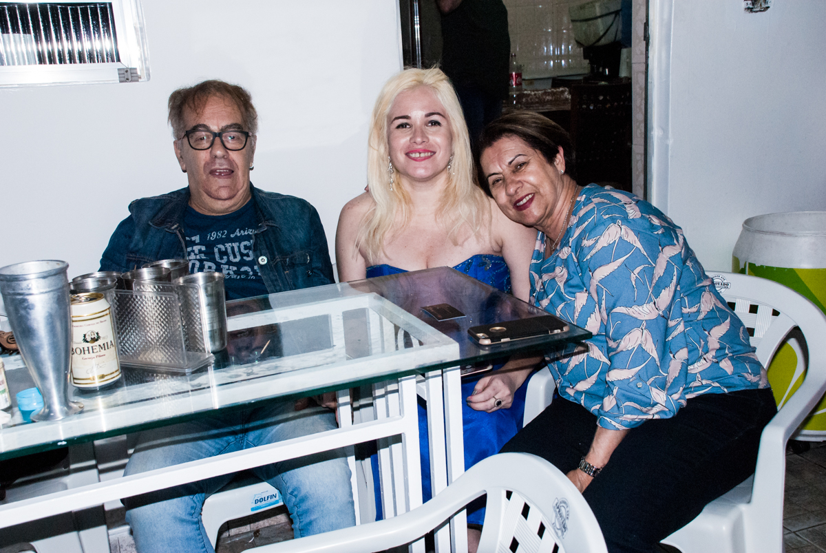 muita alegria na festa no aniversário de Helena 40 e Wanderley 67 anos, festa realizada no condomínio, Morumbi, São Paulo