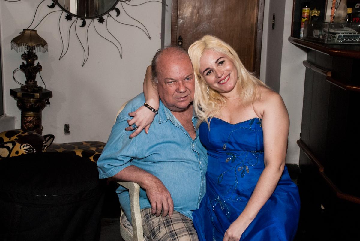 fotografia dos aniversariante no aniversário de Helena 40 e Wanderley 67 anos, festa realizada no condomínio, Morumbi, São Paulo