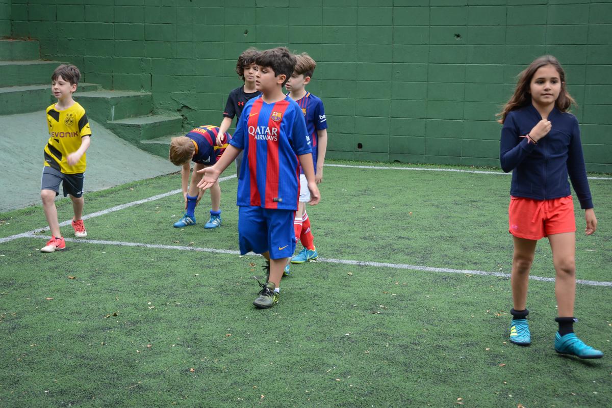 futebol animado no Buffet High Soccer, aniversário de Daniel 9 anos, tema da festa futebol, time Barcelona