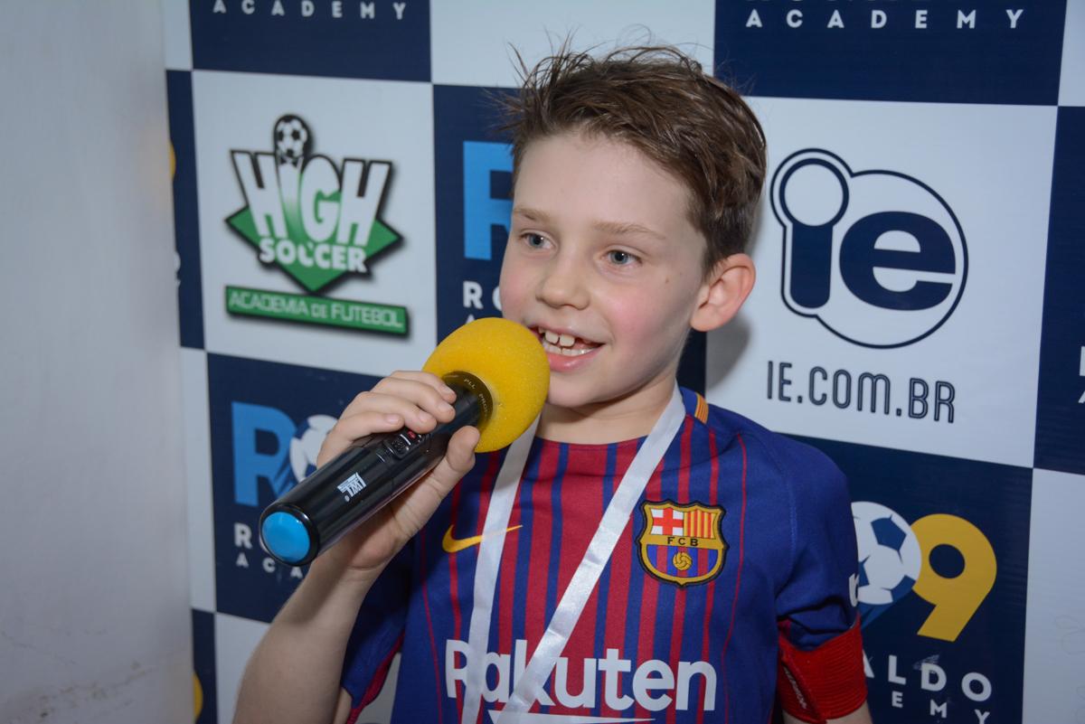 discurso do jogador contratdo no Buffet High Soccer, aniversário de Daniel 9 anos, tema da festa futebol, time Barcelona