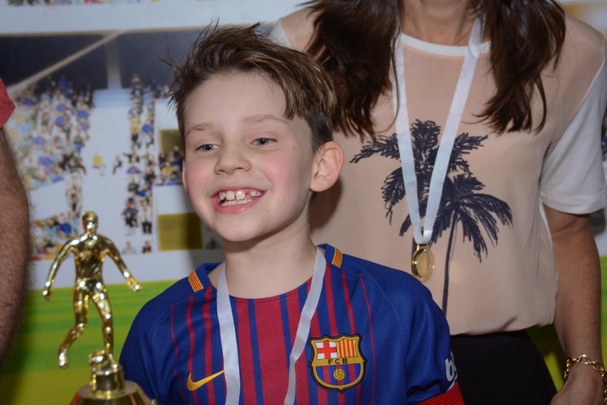 alegria na hora do contrato no Buffet High Soccer, aniversário de Daniel 9 anos, tema da festa futebol, time Barcelona