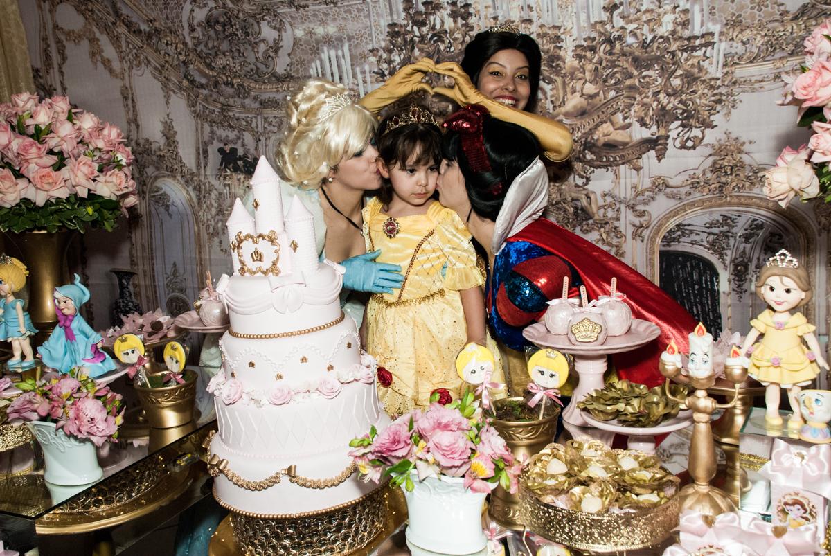 declaração de carinho no Buffet Fábrica da Alegria aniversário de Sophia 4 anos tema da festa Princesas