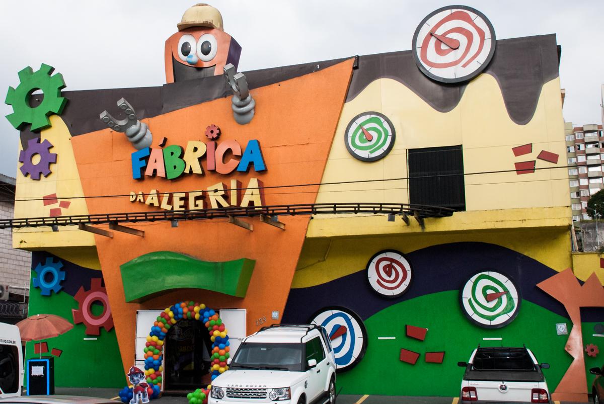 Buffet Fábrica da Alegria Morumbi, São Paulo, aniversário de Isabela 4 anos, tema da festa Patrulha Canina