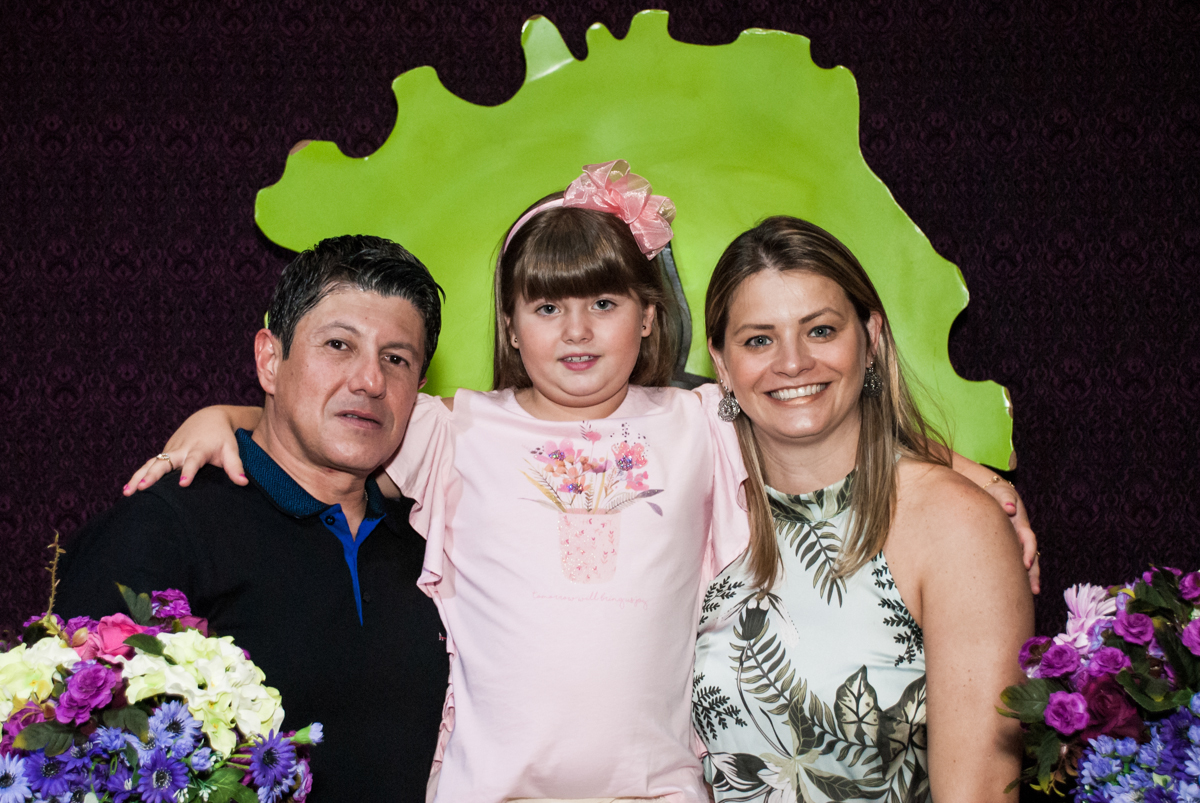 família sendo fotografada no Buffet Casa X, Vila Leopoldina, aniversário de Sophia 7 anos, tema da festa Descendentes