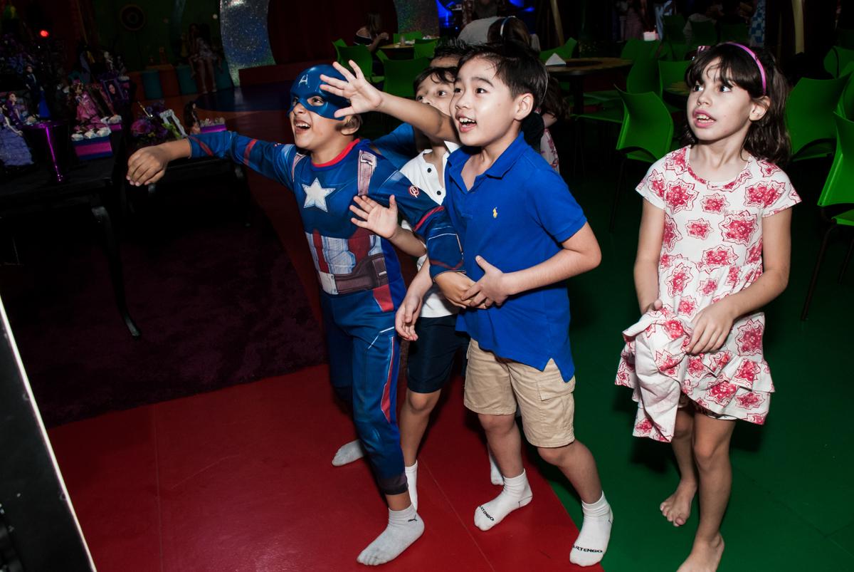 X box divertido no Buffet Casa X, Vila Leopoldina, aniversário de Sophia 7 anos, tema da festa Descendentes