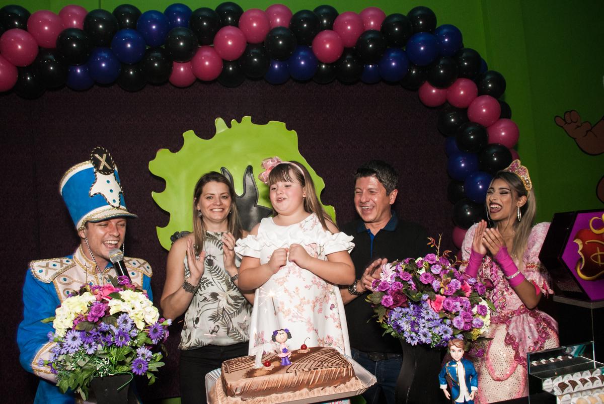 contando o parabéns no Buffet Casa X, Vila Leopoldina, aniversário de Sophia 7 anos, tema da festa Descendentes