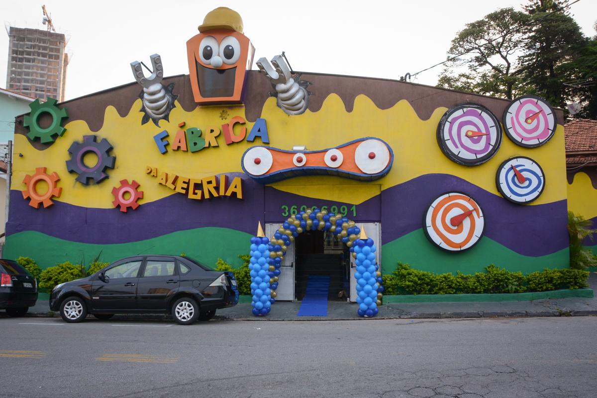 Buffet Fábrica da Alegria, Osaco, São Paulo, aniversário de Kenji Sussumo, tema da festa urso realeza