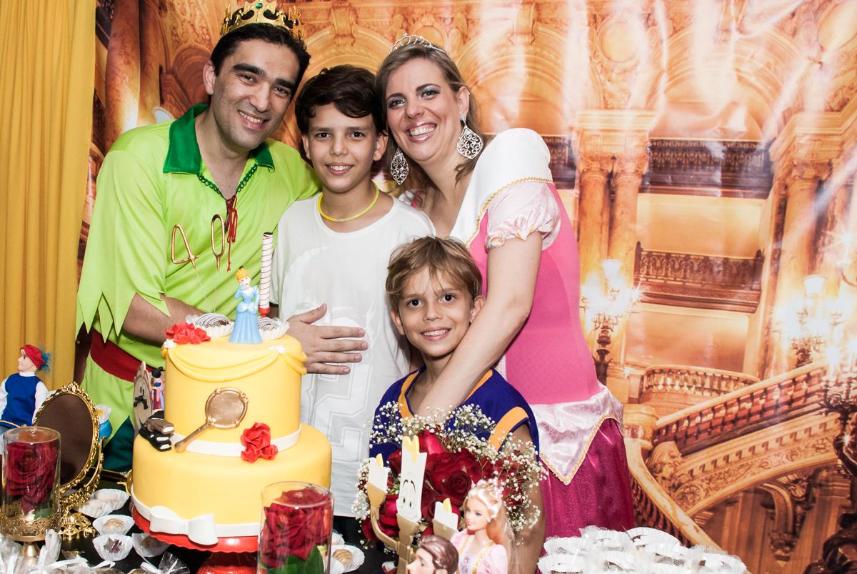 final da festa no Salão de festas, Imirim São Paulo, aniversário de Patricia 40 anos, tema da festa Princesas