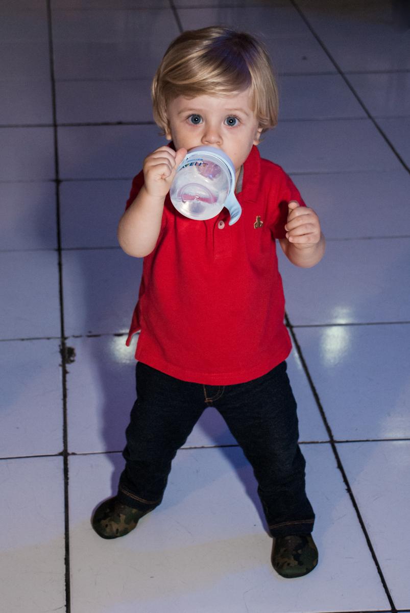 amiguinho se diverte na festa no Buffet Fábrica da Alegria, Morumbi, São Paulo, aniversário de Pedro 4 anos, tema da festa os vingadores