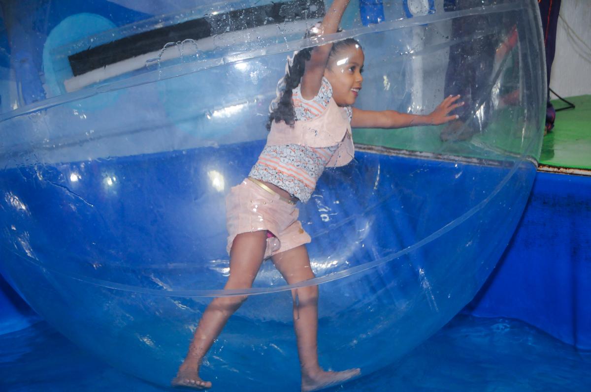 muito bom esse aqua play no Buffet Fabrica da Alegria, Osasco, São Paulo, aniversário de Alanna 5 anos, tema da festa bonecas princesas