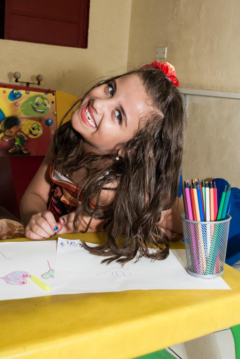 desenhos coloridos no Buffet Mundo da Lua Butantã, São Paulo, aniversaário de Maria Eduarda 7 anos, Buffet Mundo da Lua, Butantã, São Paulo