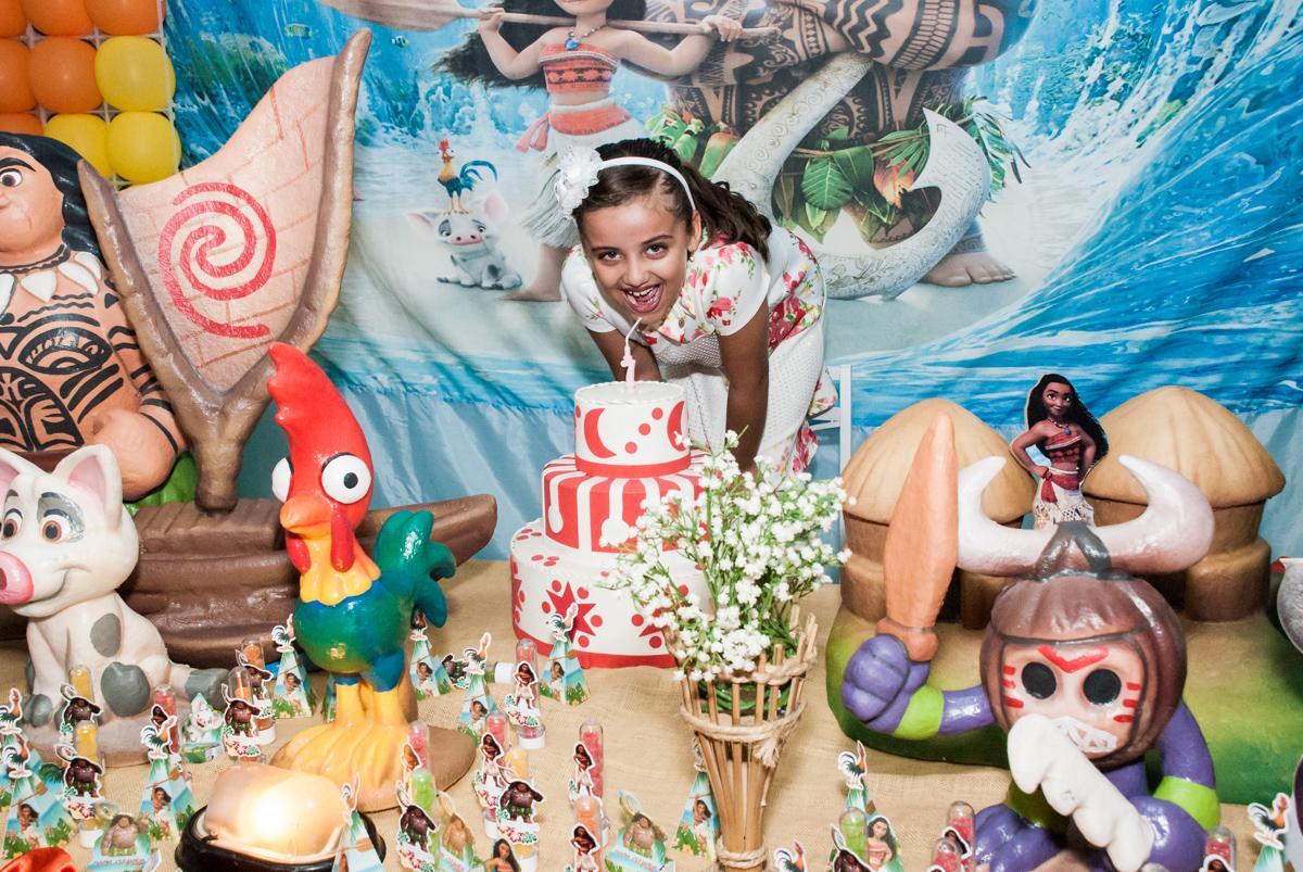 hora do parabéns no Buffet Mundo da Lua Butantã, São Paulo, aniversaário de Maria Eduarda 7 anos, Buffet Mundo da Lua, Butantã, São Paulo