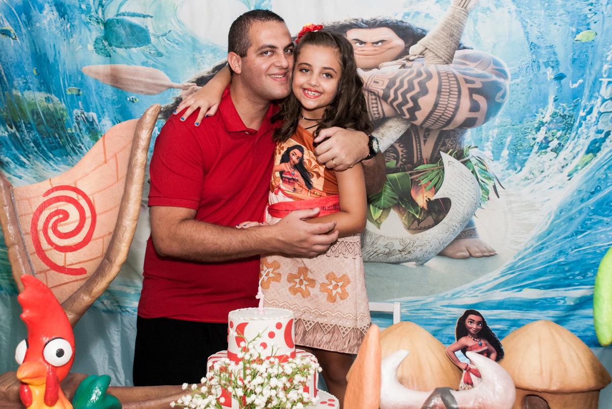 foto pai e filha no Buffet Mundo da Lua Butantã, São Paulo, aniversaário de Maria Eduarda 7 anos, Buffet Mundo da Lua, Butantã, São Paulo
