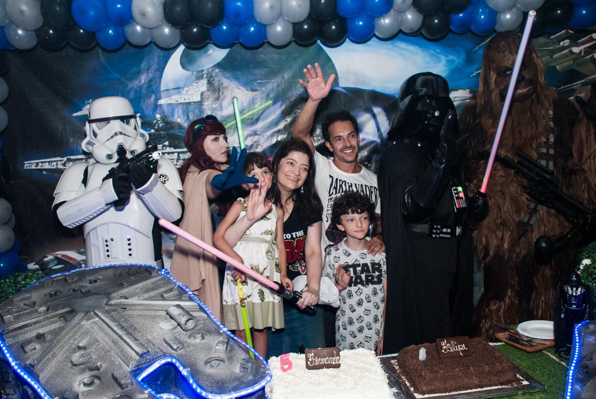 hora do parabéns no Buffet Fábrica da Alegria, Morumbi, São Paulo, aniversário de Felipe 8 Fernanda 5 tema da fersta Star wars