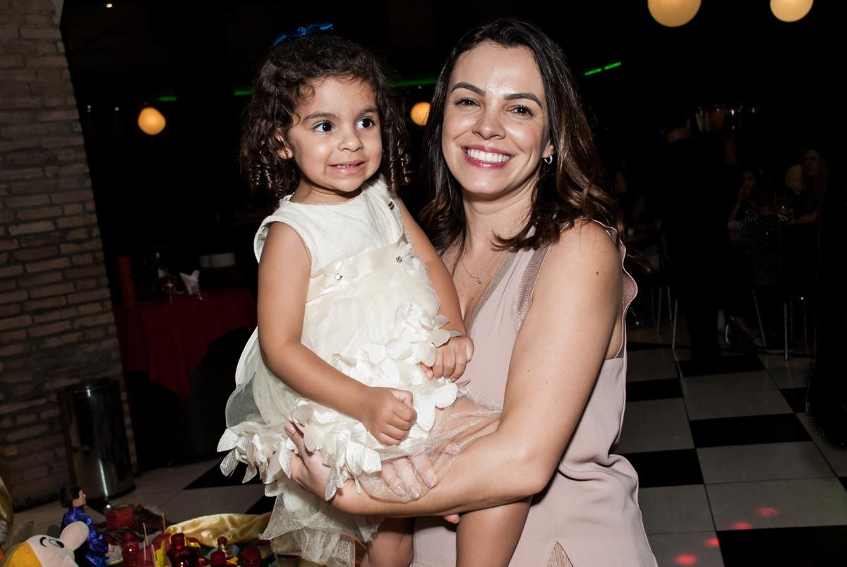 colinho da madrinha no Buffet Planeta Kids, niversario Larissa 3 anos, tema da festa Branca de Neve