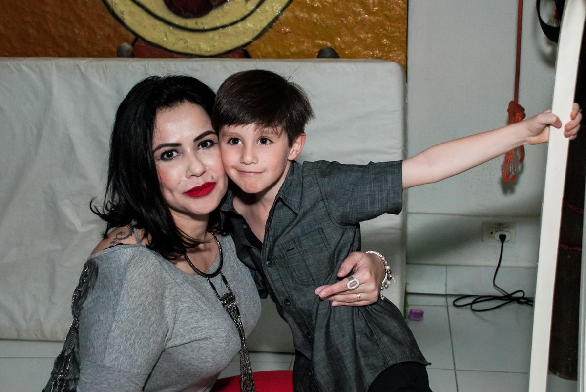 abraço da madrinha no Buffet Boomerang, Cidade Jardim, São Paulo, aniversario de Lucas 6 anos, tema da festa, lego