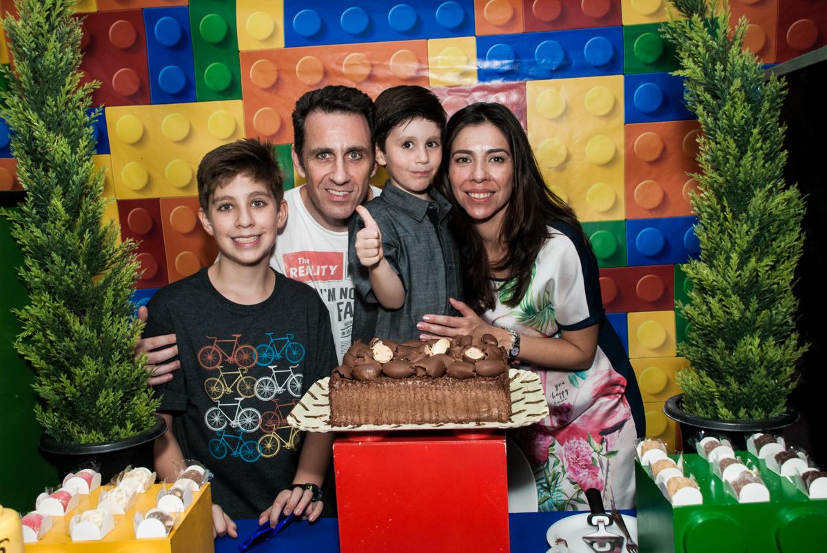 final da festa no Buffet Boomerang, Cidade Jardim, São Paulo, aniversario de Lucas 6 anos, tema da festa, lego