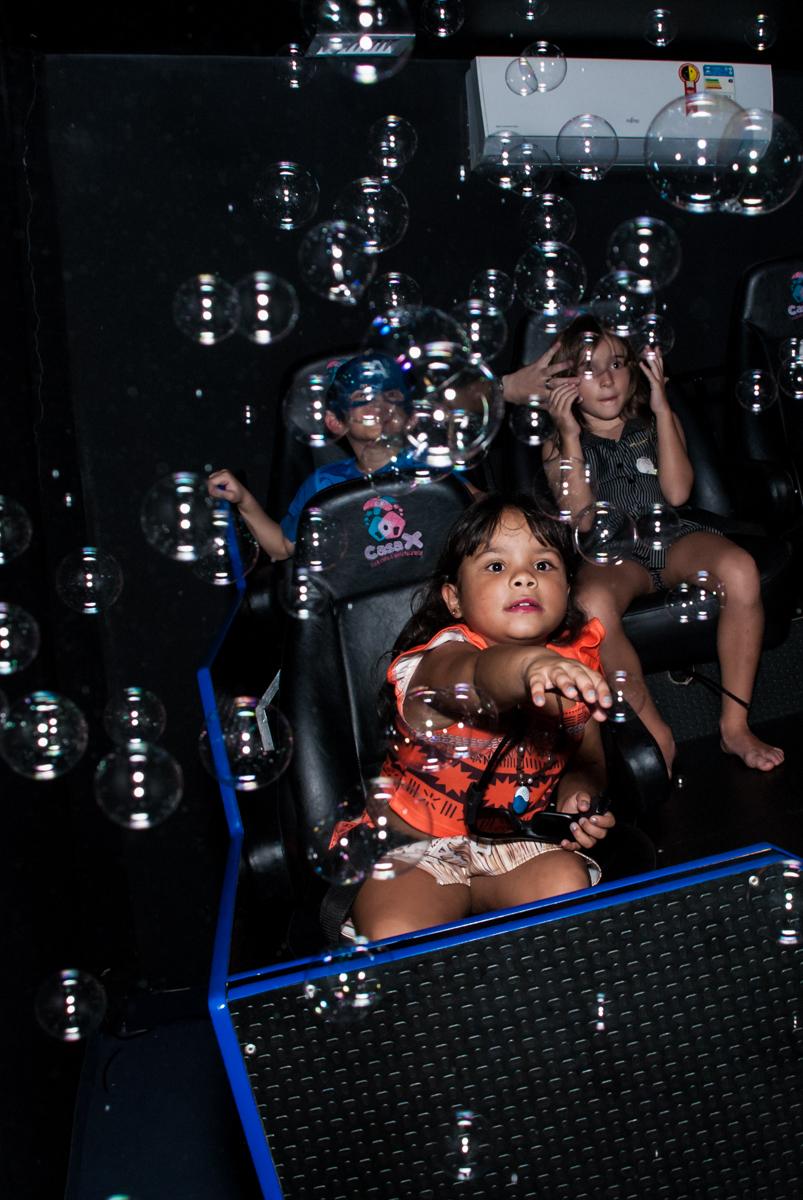 cinema 3 D animado no Buffet Casa X, Ipiranga,São Paulo, aniversário de Raquel 6 anos, tema da festa Moana