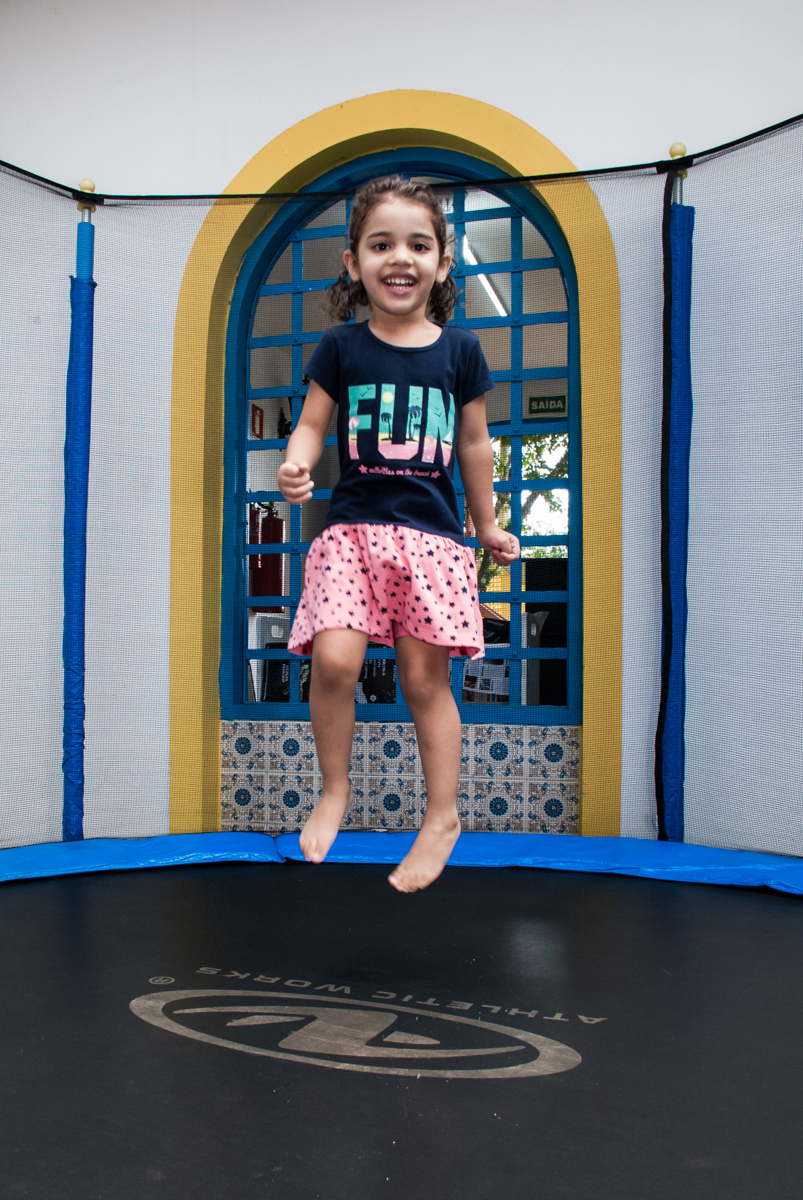 pula pula divertido no Buffet Grand Kid's, Cotia São Paulo, aniversário de Joseph 1 ano, tema da festa páscoa