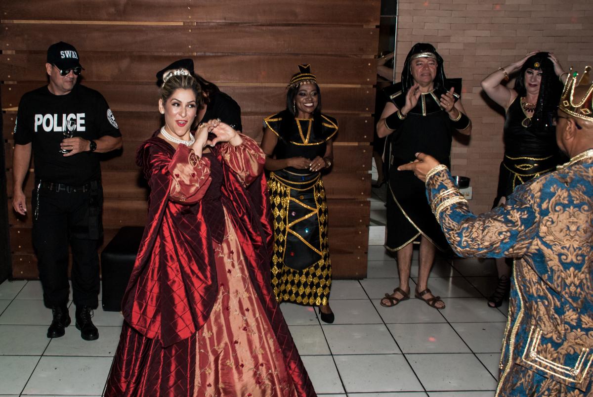 coração para o marido na festa adulto aniversário de Da Silva 60 anos, tema da festa fantasia