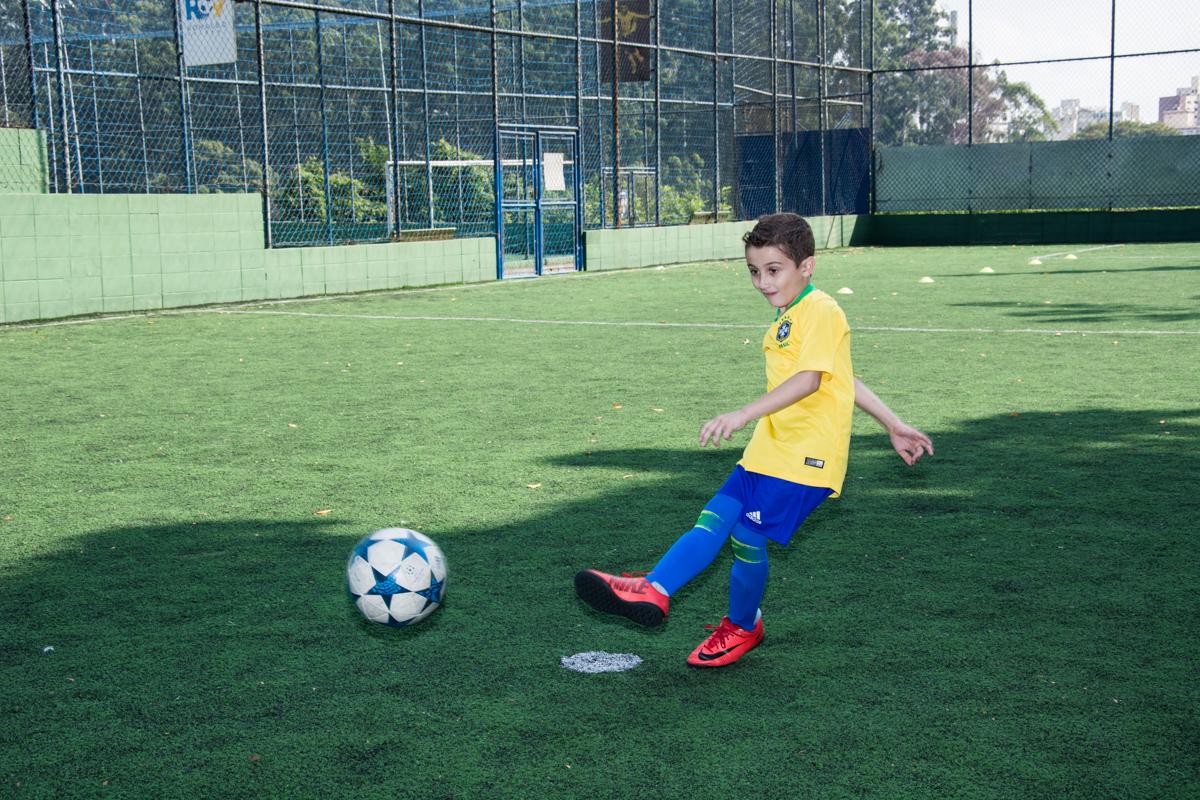 inicio de jogo de futebol