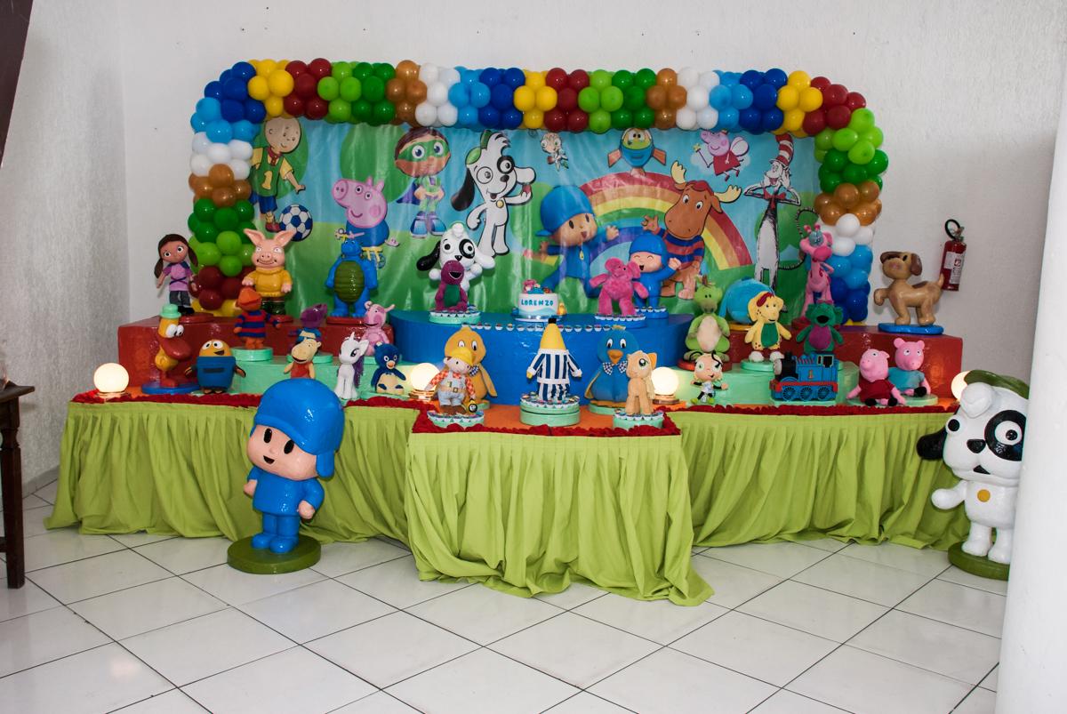 Mesa temática Discovery Kids