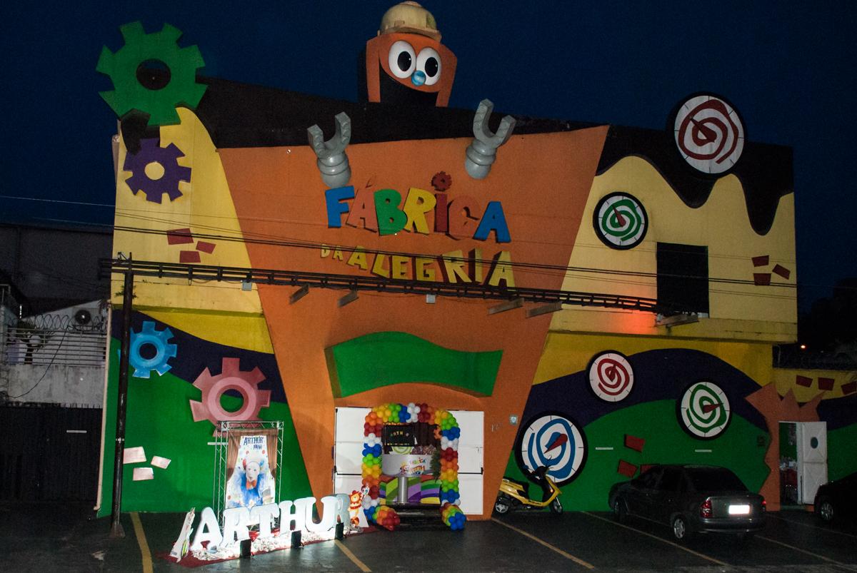 Buffet Fábrica da Alegria festa de aniversário de Arthur 1 ano
