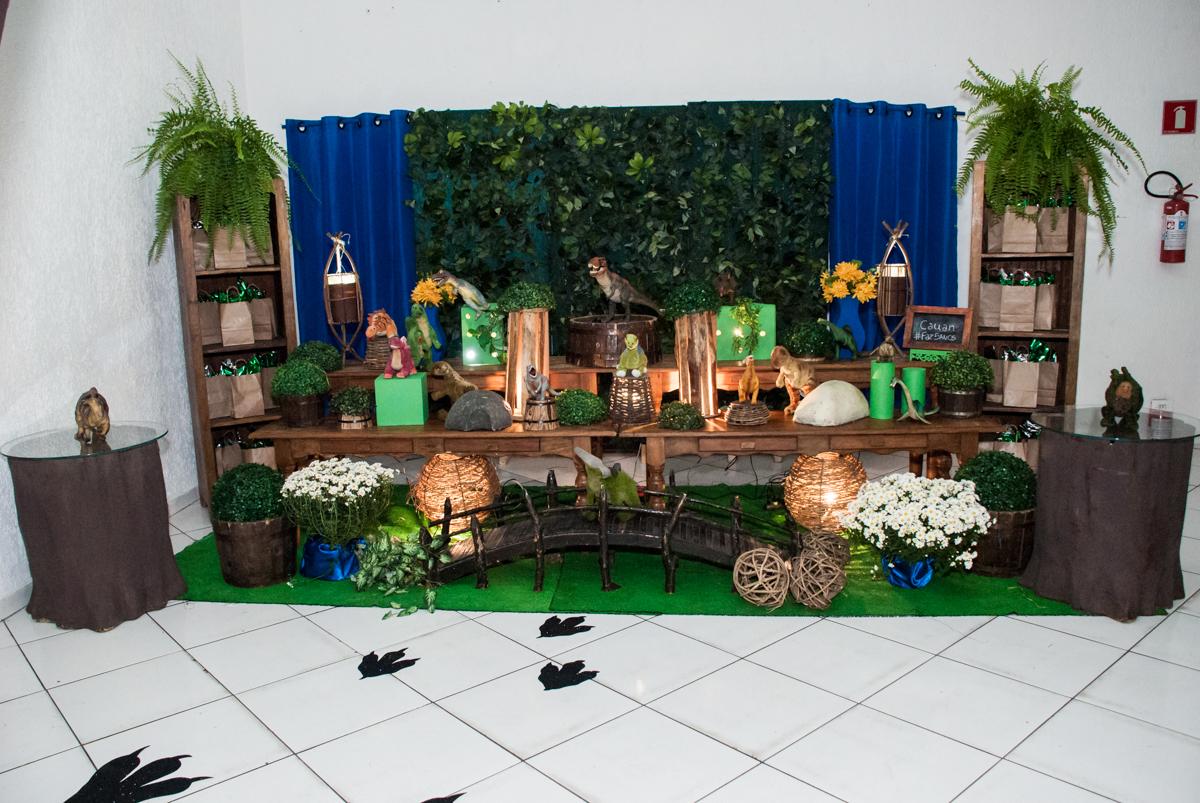 mesa temática da festa