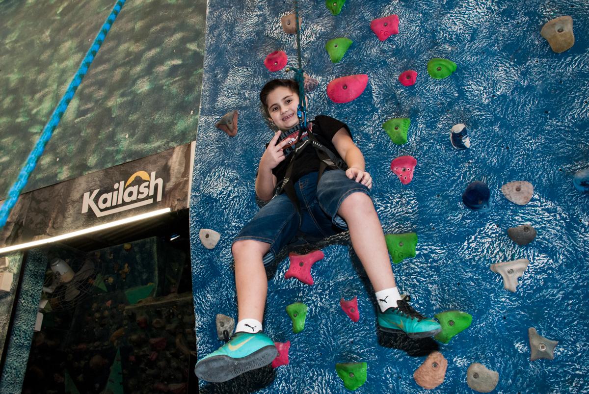 diversão garantida escalando