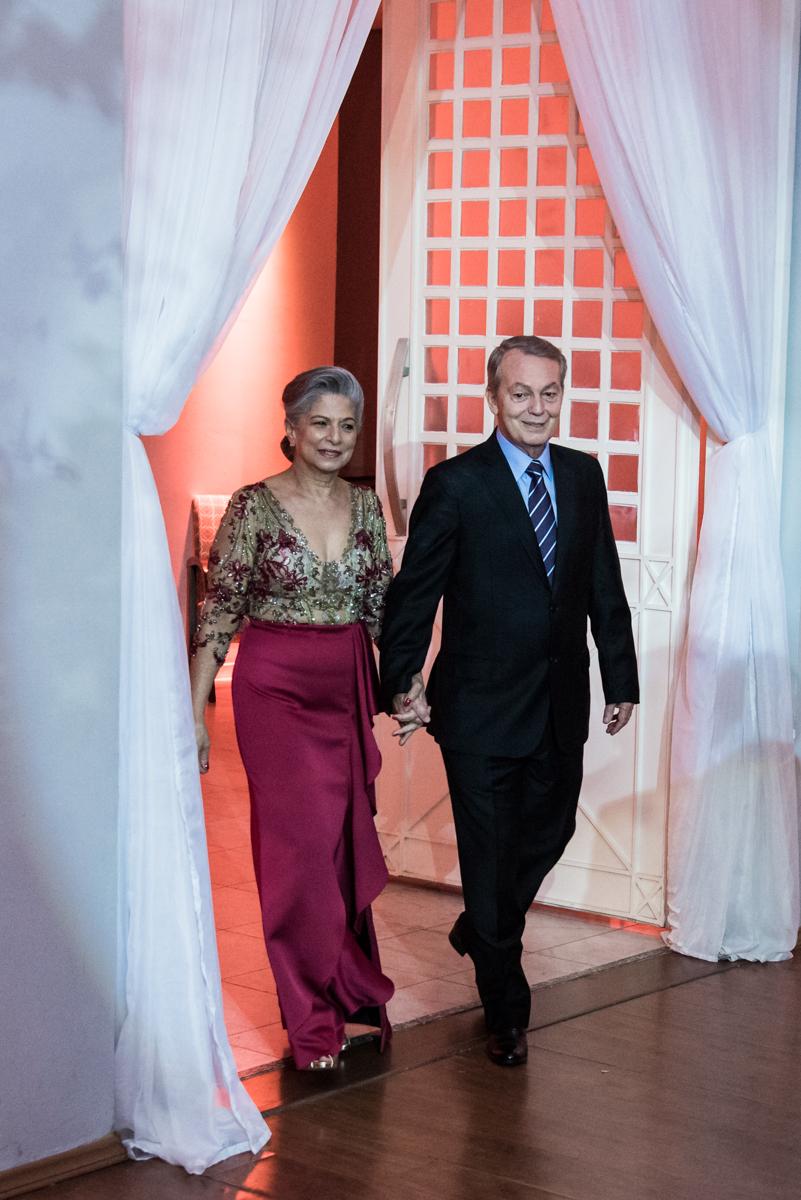 entrada do casal para a festa
