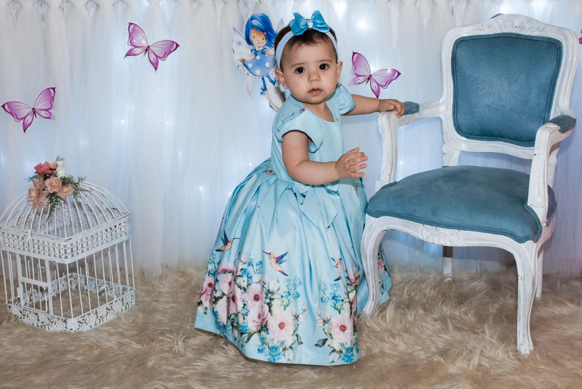 linda como um,a princesa