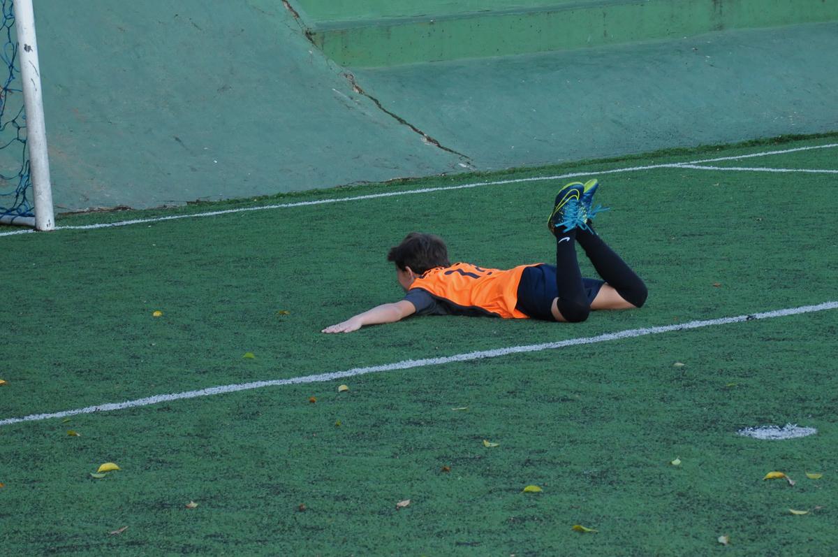 Fotografia de queda de jogador no High Soccer