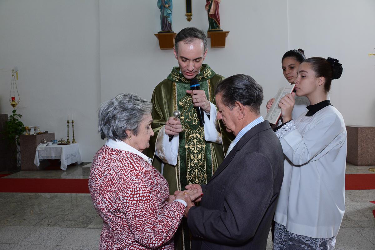 Benção das alianças na Igreja Santa Gema Galgani, Osasco-SP