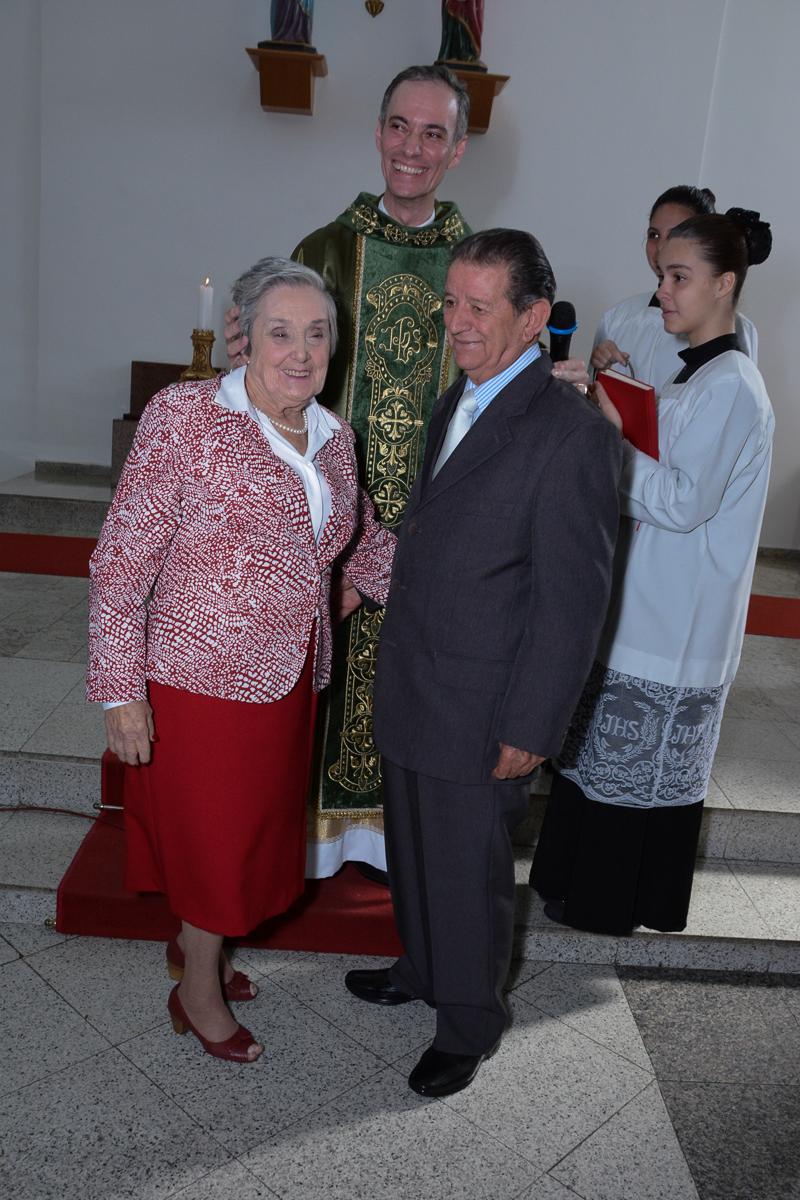 Final da cerimônia bodas de Ouro na Igreja Santa Gema Galgani, Osasco-SP