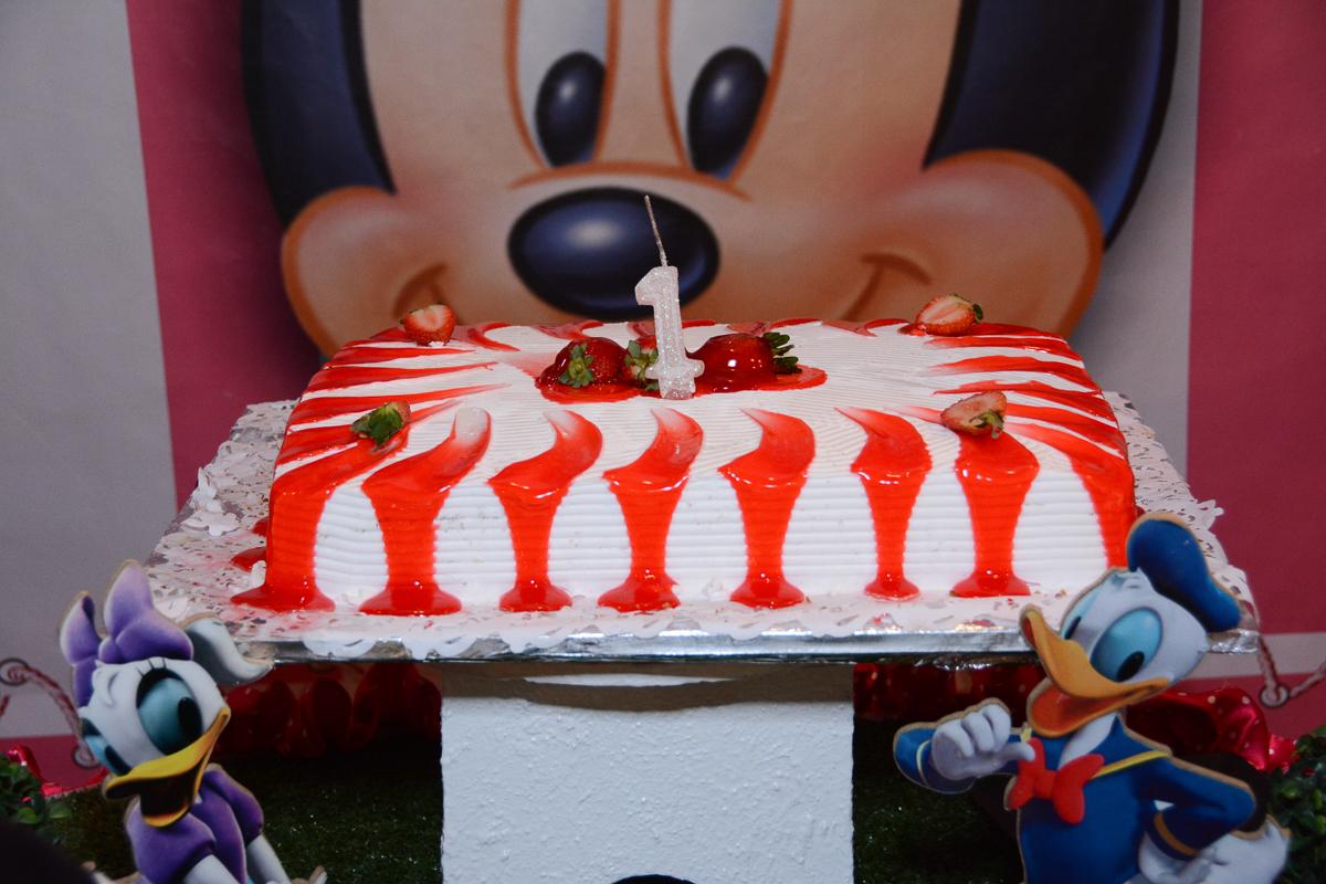 O bolo da Lorena  no Buffet Planeta Kids, São Paulo - SP