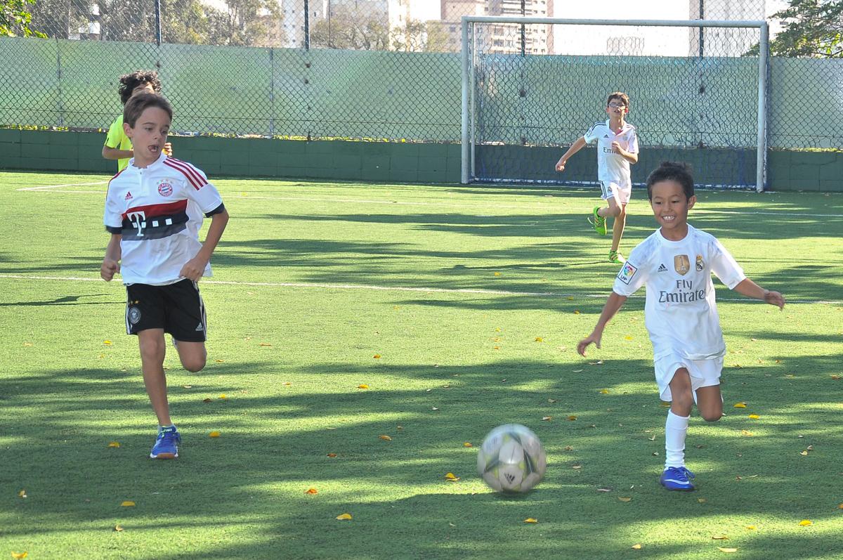 jogo de futebol no Buffet High Soccer