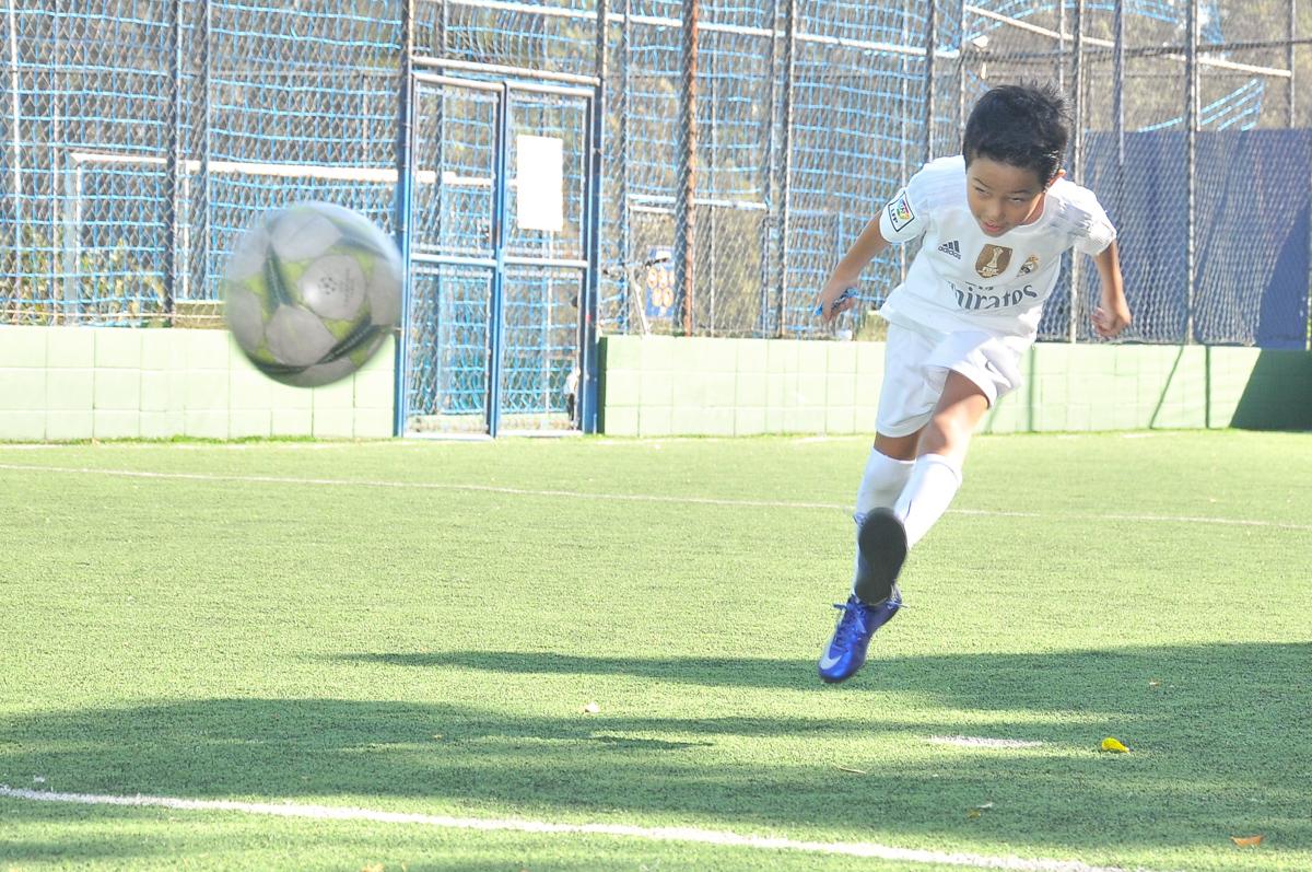 futebol no campo do Buffet High Soccer