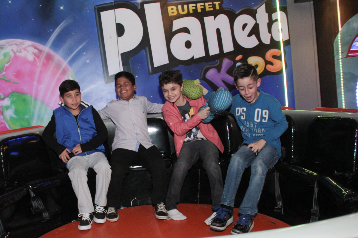 rafael e os amiguinhos no labamba no Buffet Planeta Prime, Alphaville