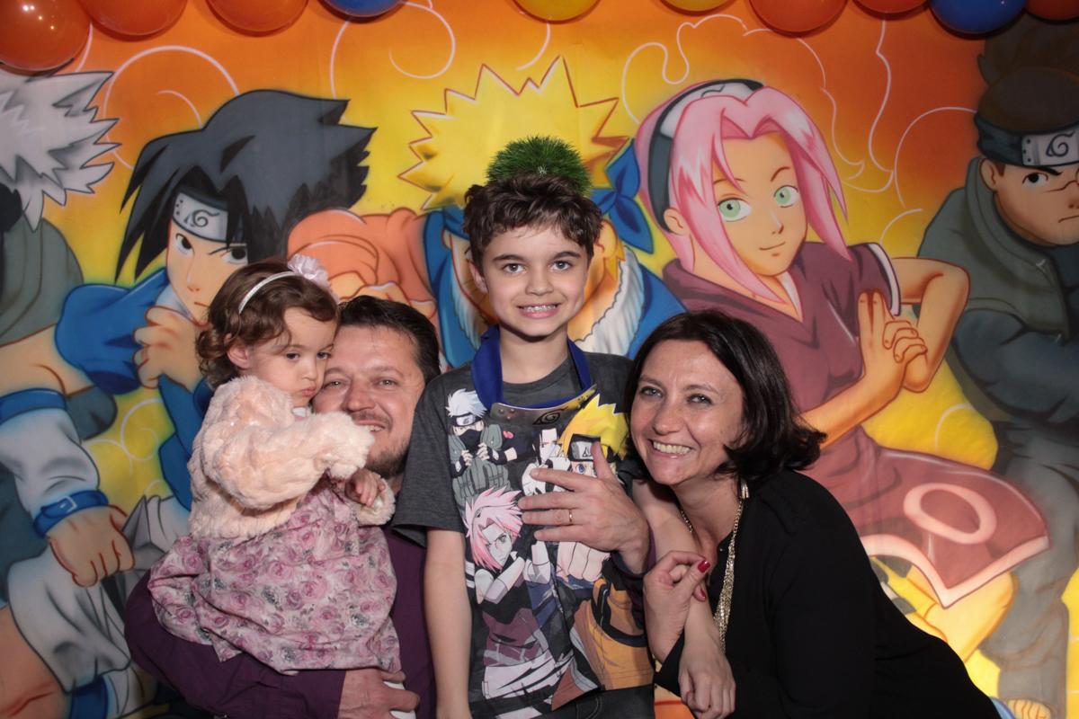 família feliz comemorando o aniversário do rafael no Buffet Planeta Prime, Alphaville