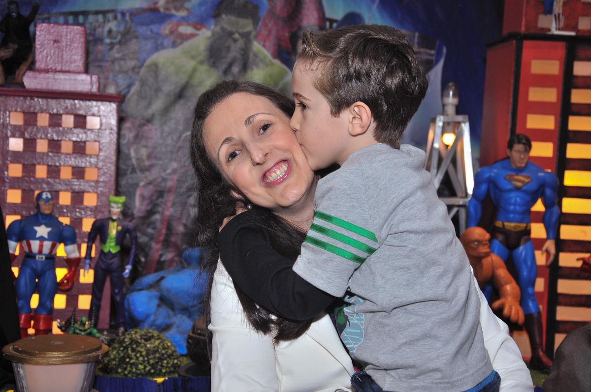 beijinho na mamãe no buffet viva vida, fazendinha butantã