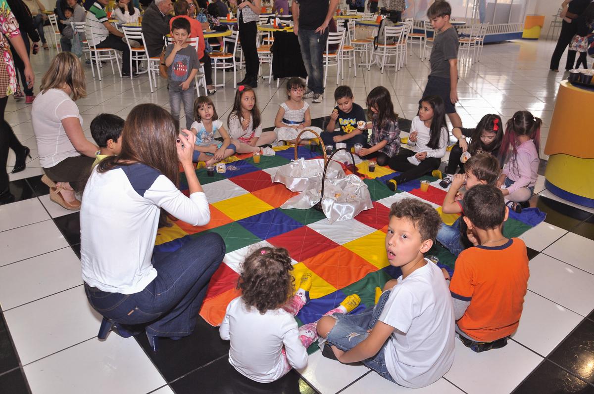lanchinho das crianças no Buffet infantil Salakaboom