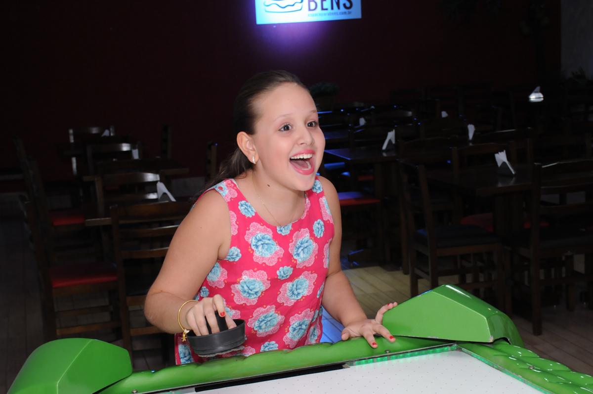 emoção no jogo de disco no Buffet Espaço Parabéns, Lapa