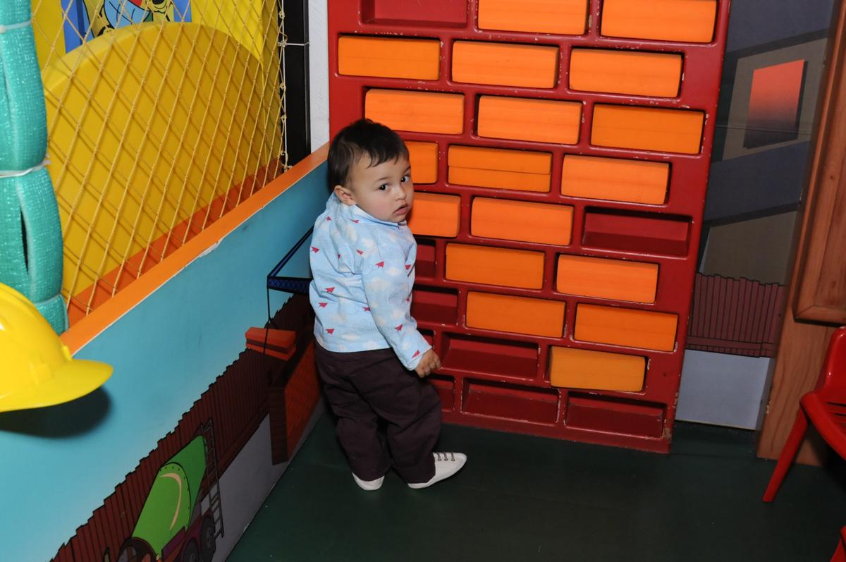 brincadeiras na área baby no Buffet Magic Joy - Moema, São Paulo