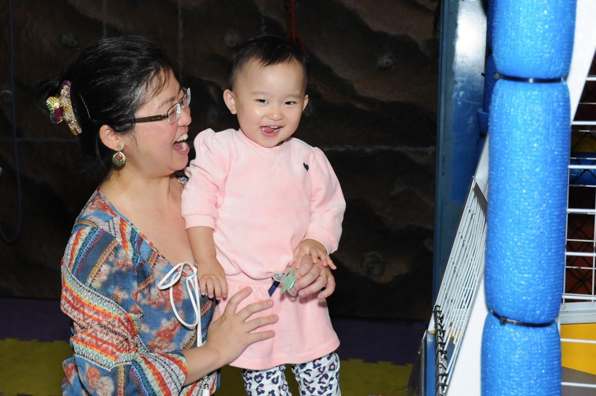 sorrisos na festa da nicole no Buffet Infantil Anarquia Park, Moema, São Paulo, SP