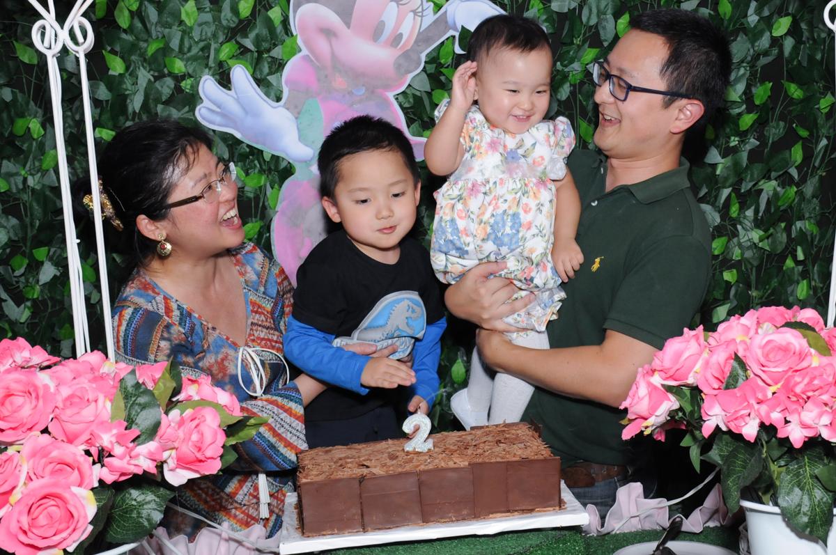 alegria na hora do parabéns no Buffet Infantil Anarquia Park, Moema, São Paulo, SP