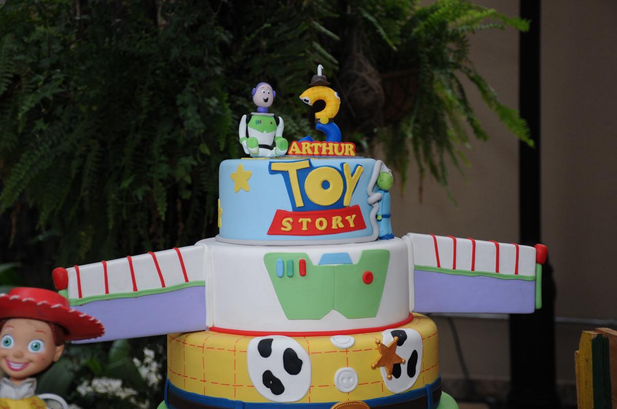 bolo decorado toy story no Buffet Praça Pitangueiras, São Paulo- SP